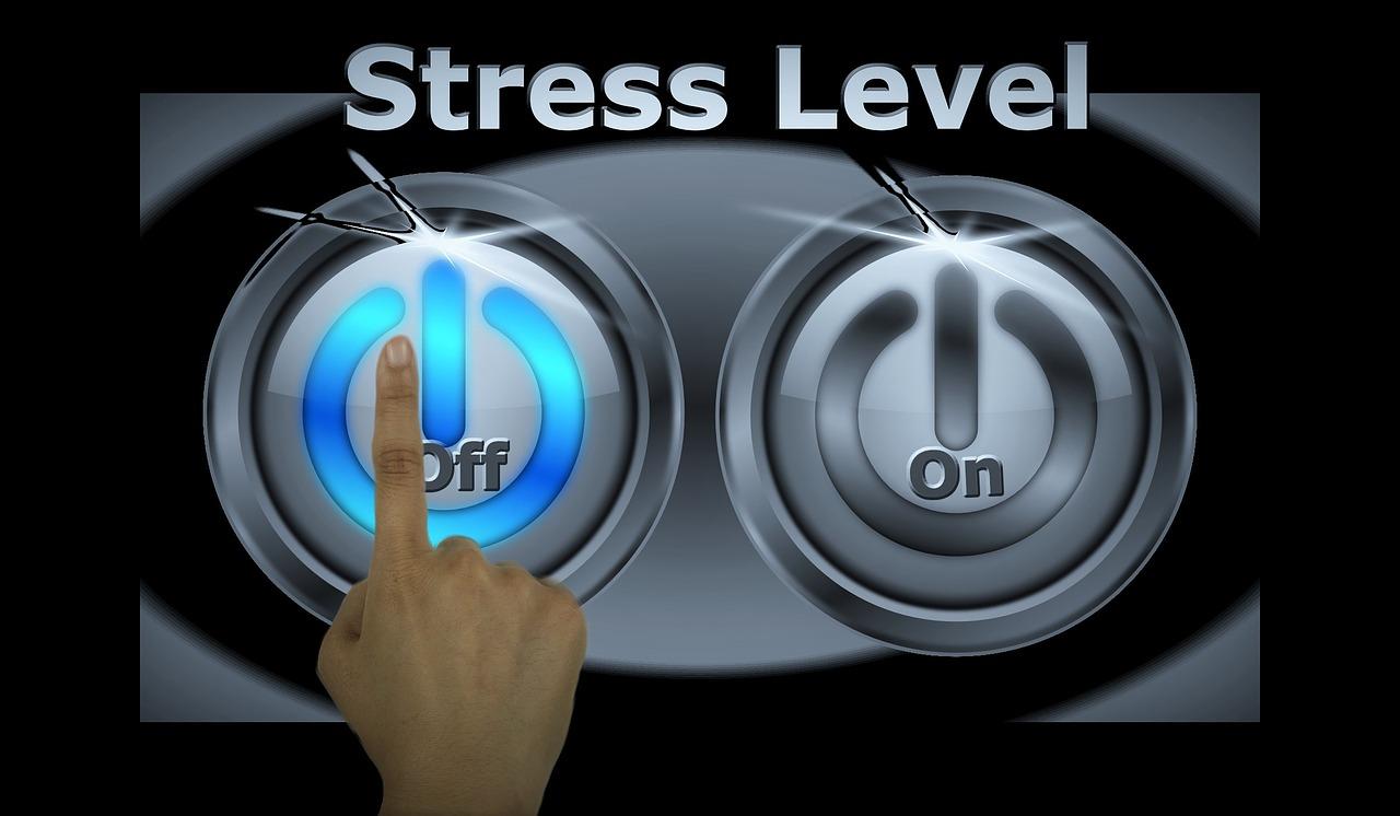 facteurs-de-stress-au-travail-les-plus-à-risque.jpg